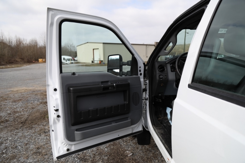 Ford Super Duty F-550 DRW 2012 price $21,500
