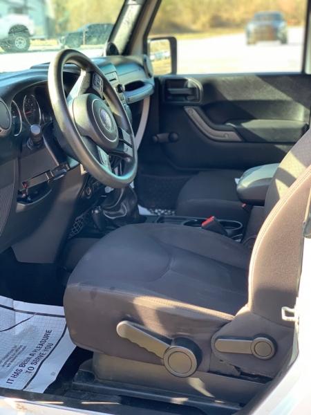 Jeep Wrangler 2013 price $15,000