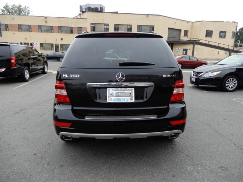 Mercedes-Benz M-Class 2011 price $12,595