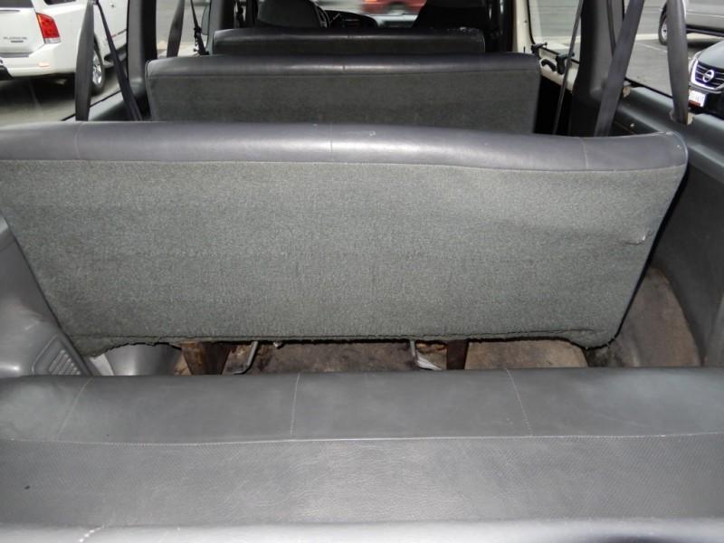 Ford Club Wagon 1996 price $2,995