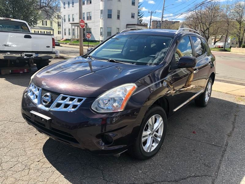 Nissan Rogue 2013 price $11,495