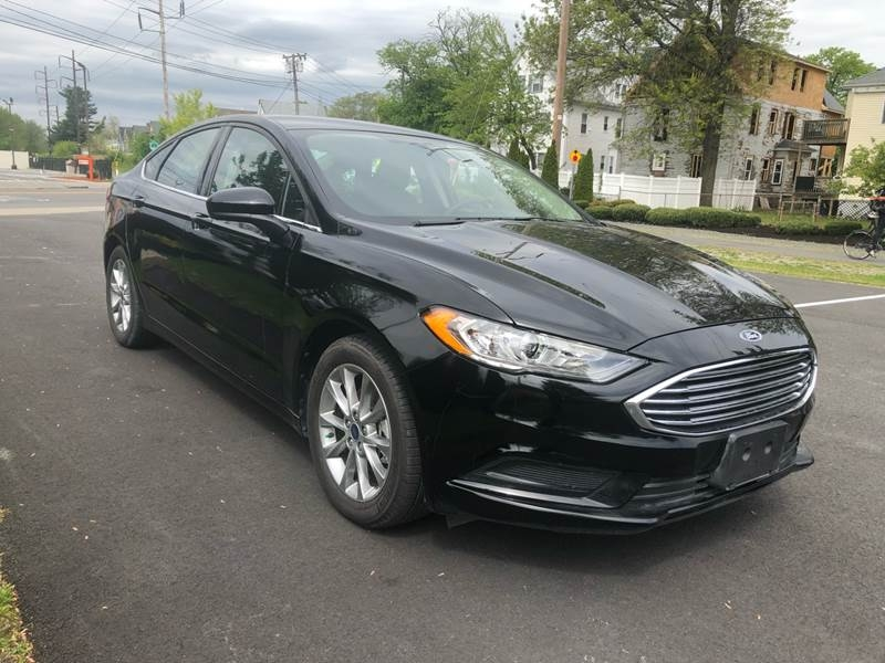 Ford Fusion 2017 price $17,999