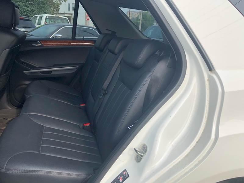 Mercedes-Benz M-Class 2006 price $5,995