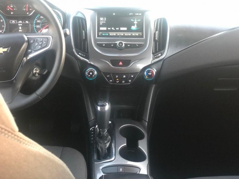 Chevrolet Cruze 2016 price $10,495