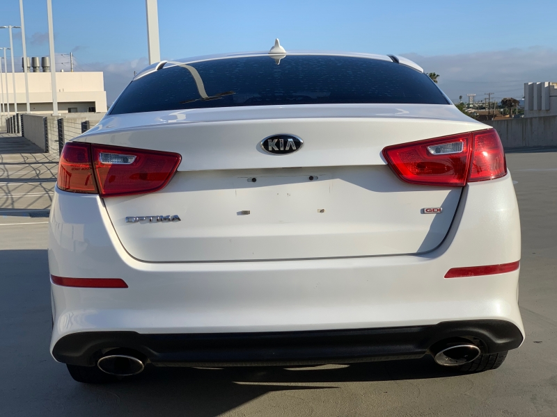 Kia Optima 2015 price $11,990
