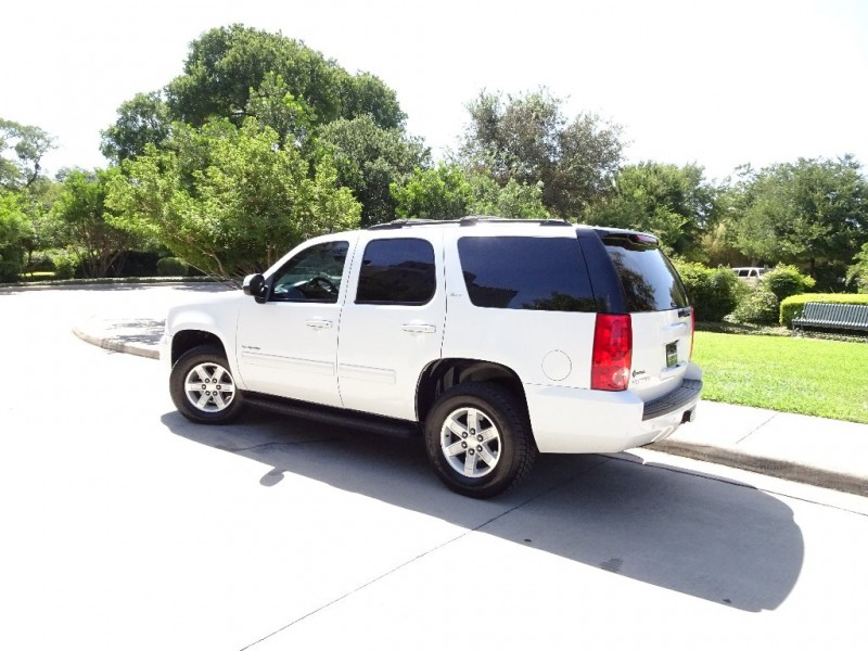 GMC YUKON SLT 2013 price $16,495