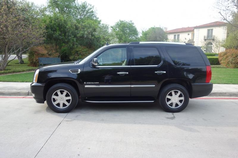 Cadillac Escalade 2009 price $12,995