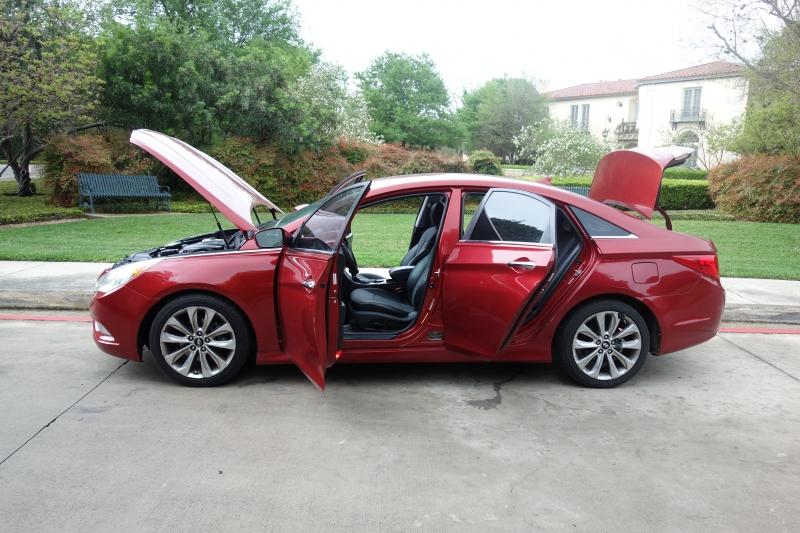 Hyundai Sonata 2011 price $8,995