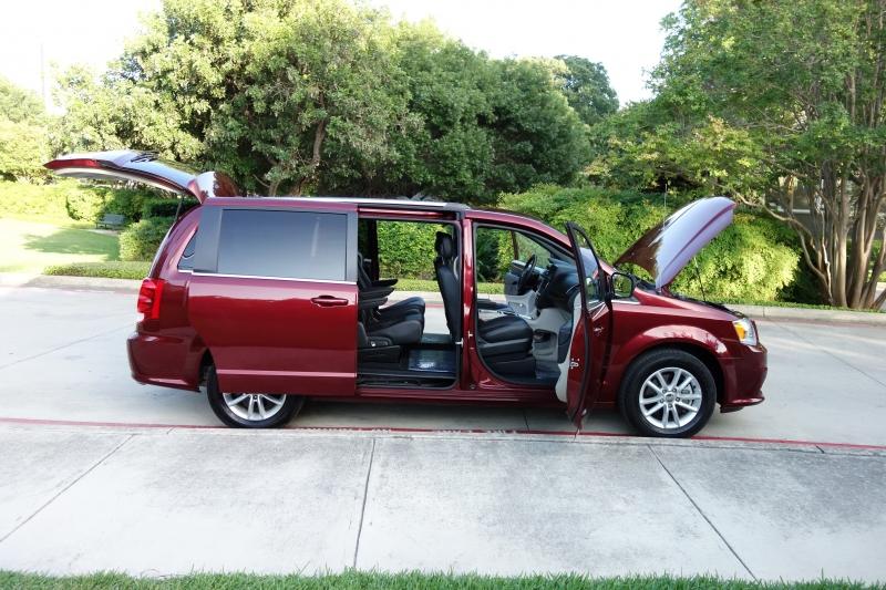 Dodge Grand Caravan SXT 2019 price $17,350
