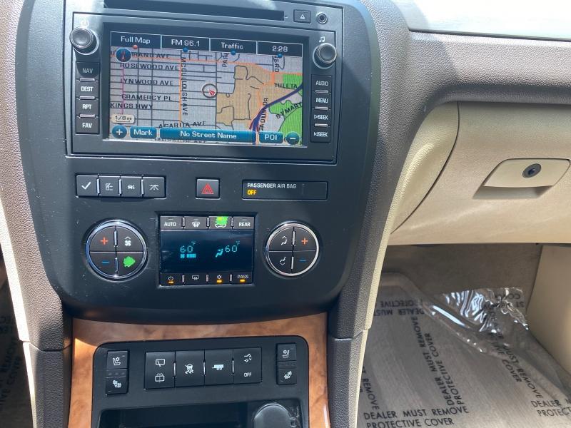 Buick Enclave CXL 2010 price $9,580