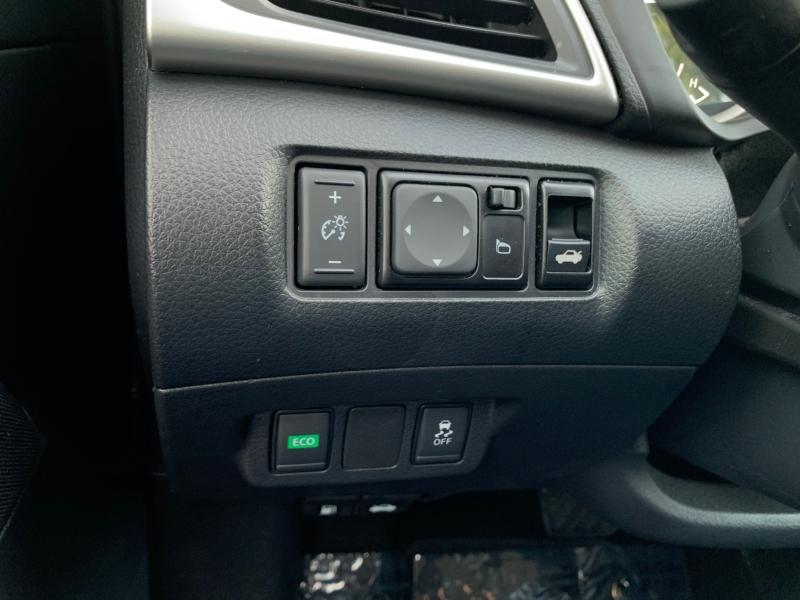 Nissan Sentra SV 2019 price $14,995