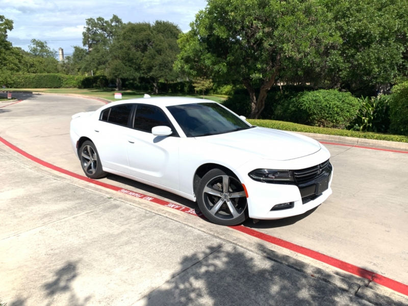Dodge Charger SXT 2017 price $19,850