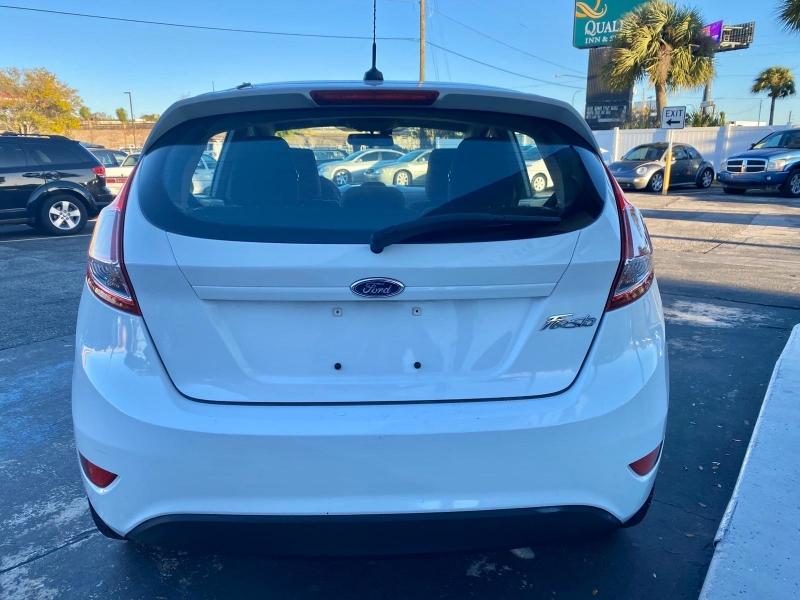 Ford Fiesta 2015 price $5,490
