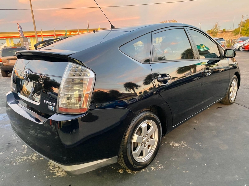 Toyota Prius 2008 price $4,490