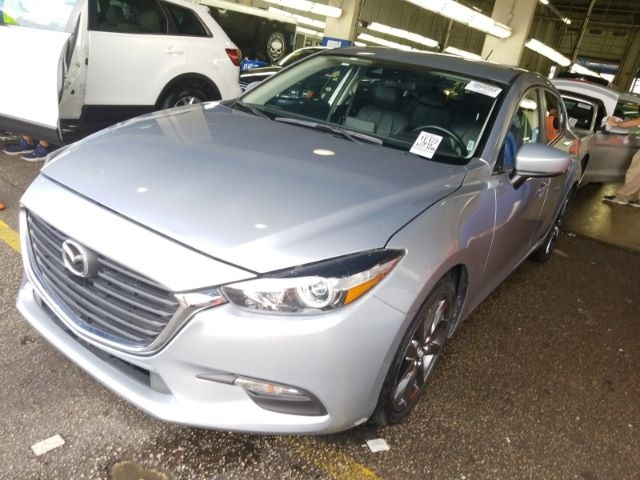 Mazda MAZDA3 2018 price Call for Pricing.