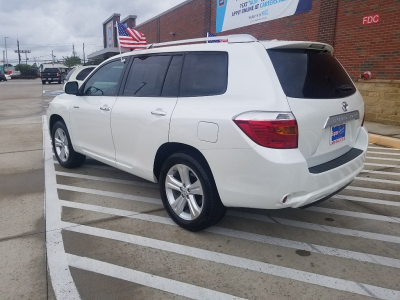 TOYOTA HIGHLANDER 2010 price Call for Pricing.
