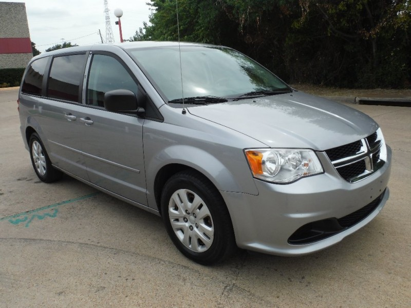 Dodge Grand Caravan 2015 price $10,000 Cash
