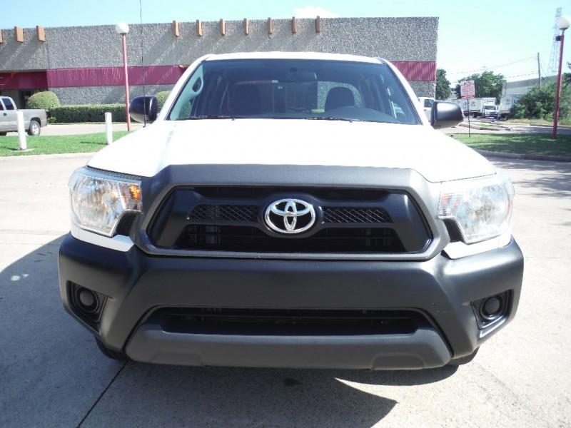 Toyota Tacoma 2015 price $13,000 Cash