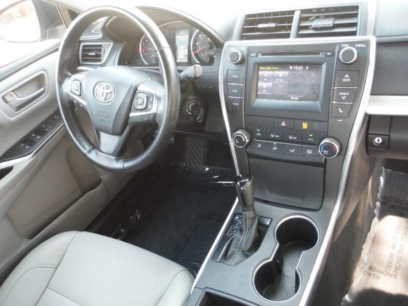 Toyota Camry 2016 price $12,000 Cash