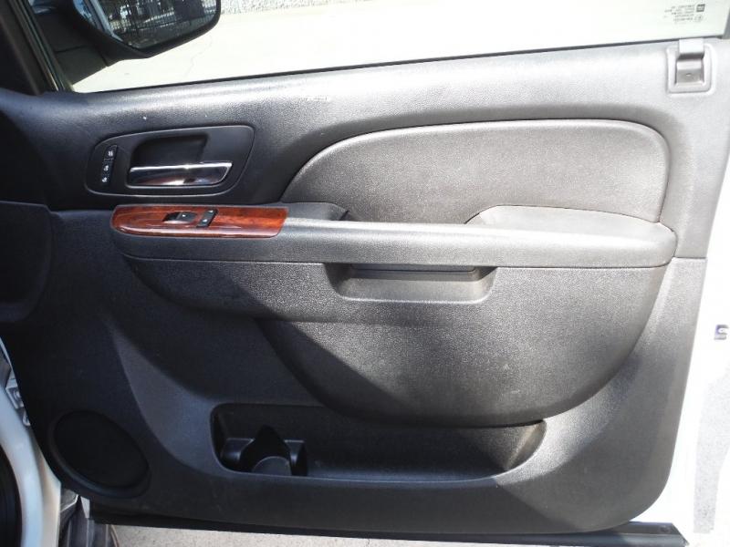 Chevrolet Tahoe 2013 price $19,500 Cash