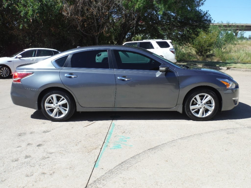Nissan Altima 2015 price $9,700 Cash
