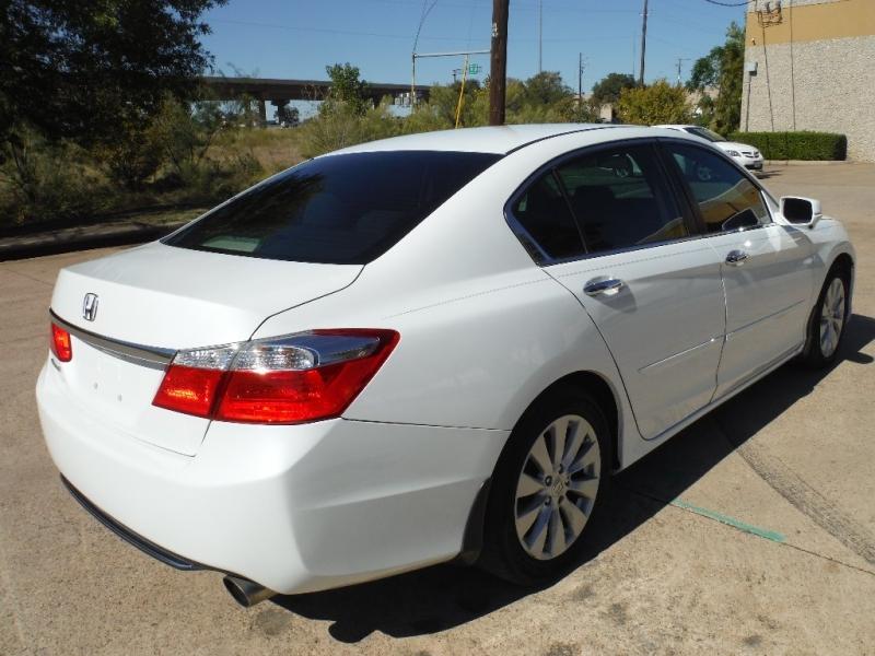 Honda Accord Sedan 2015 price $14,000 Cash