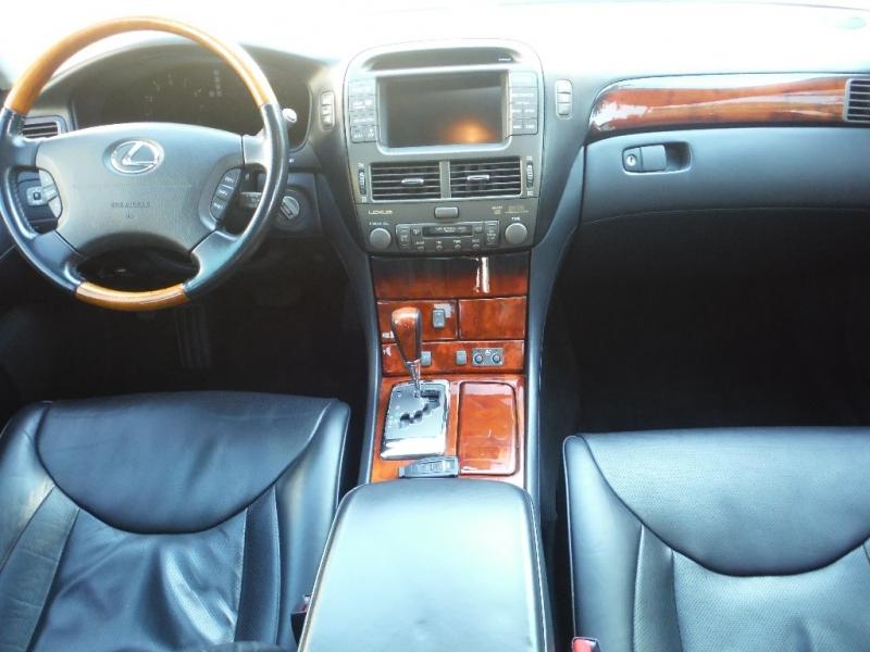 Lexus LS 430 2006 price $10,000 Cash