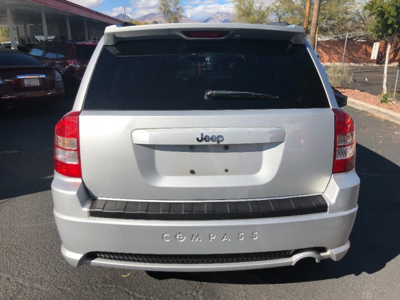 Jeep Compass 2007 price $4,800