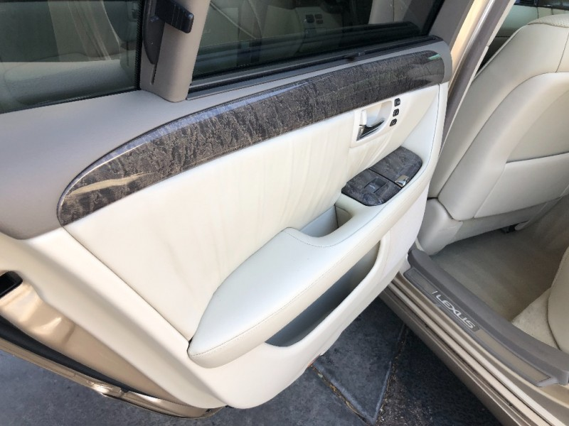 Lexus LS 2001 price $5,555