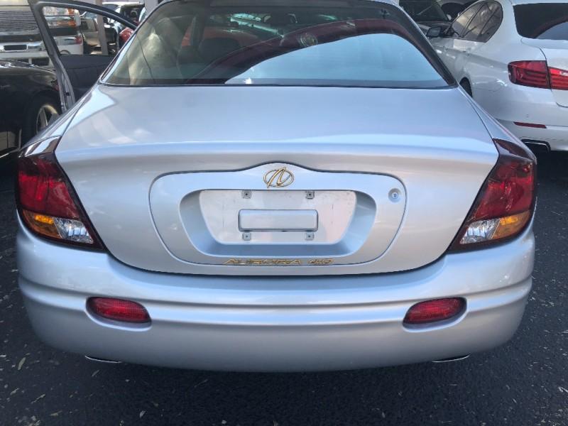 Oldsmobile Aurora 2003 price $4,500