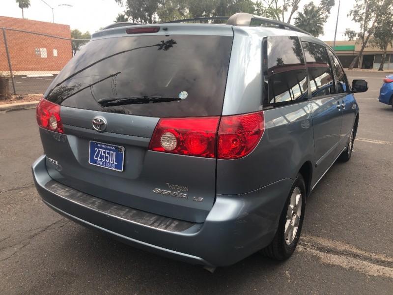 Toyota Sienna 2006 price $3,490