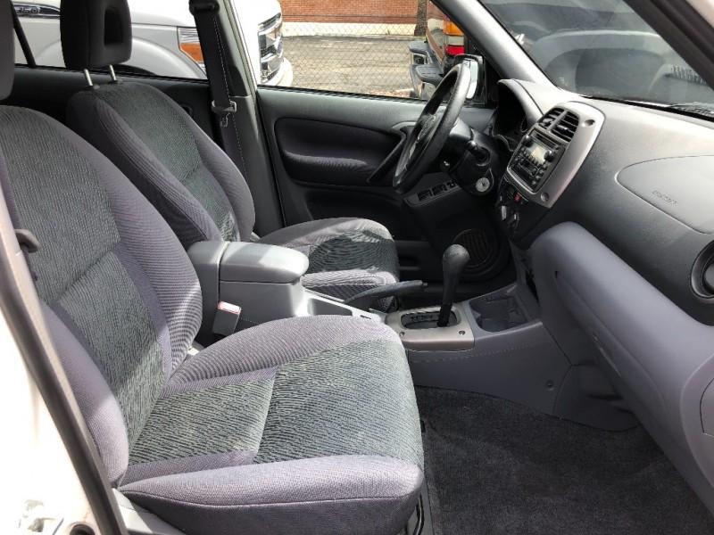 Toyota RAV4 2001 price $7,999