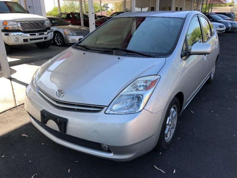 Toyota Prius 2005 price $5,490