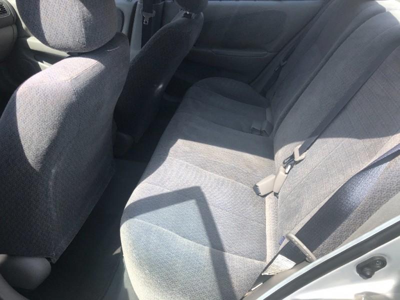 Toyota Corolla 2001 price $4,200