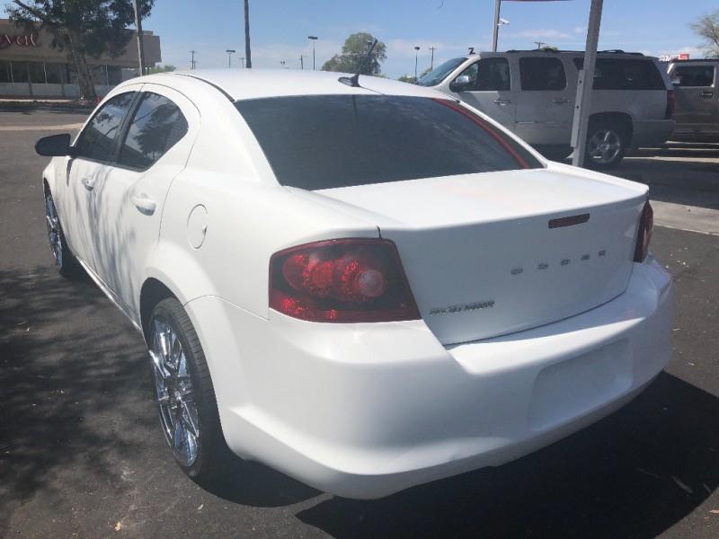 Dodge Avenger 2013 price $6,800
