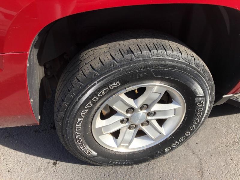 GMC Yukon XL 2010 price $11,990