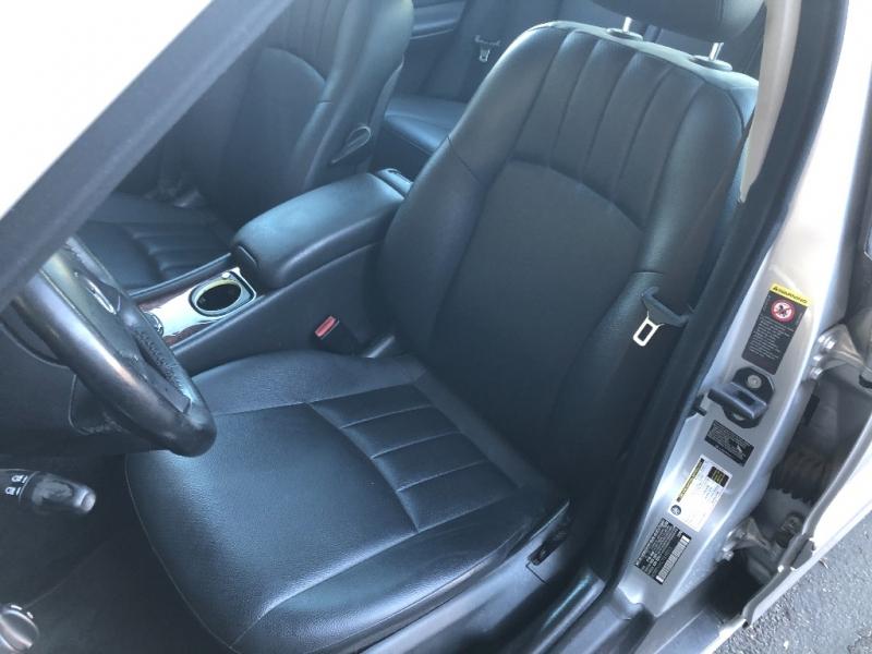 Mercedes-Benz C-Class 2007 price $5,200
