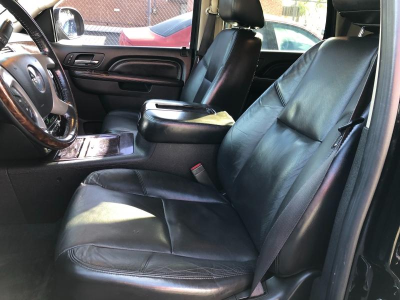 GMC Yukon 2011 price $10,490