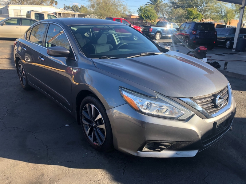 Nissan Altima 2016 price $11,990