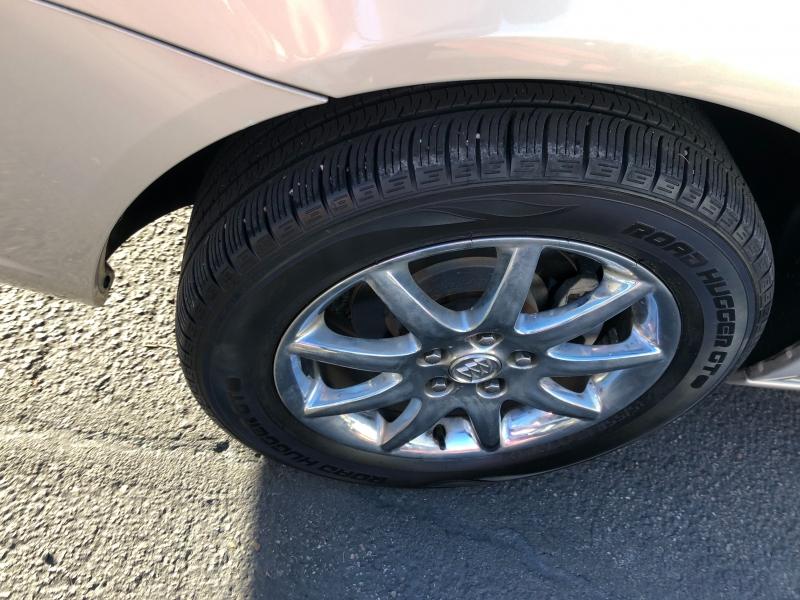 Buick Lucerne 2007 price $6,400
