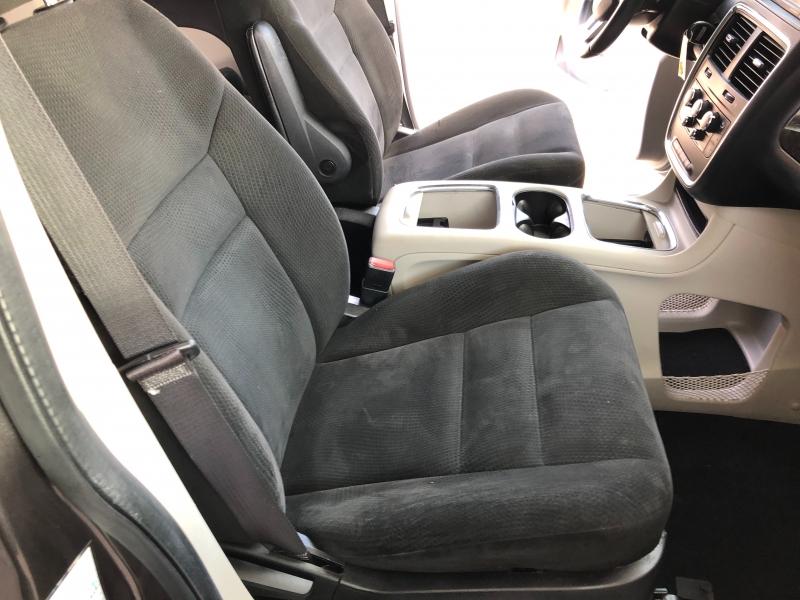 Dodge Grand Caravan 2015 price $8,490