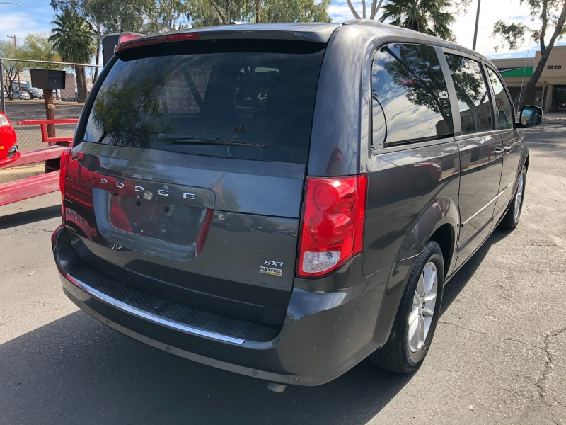 Dodge Grand Caravan 2015 price $8,550