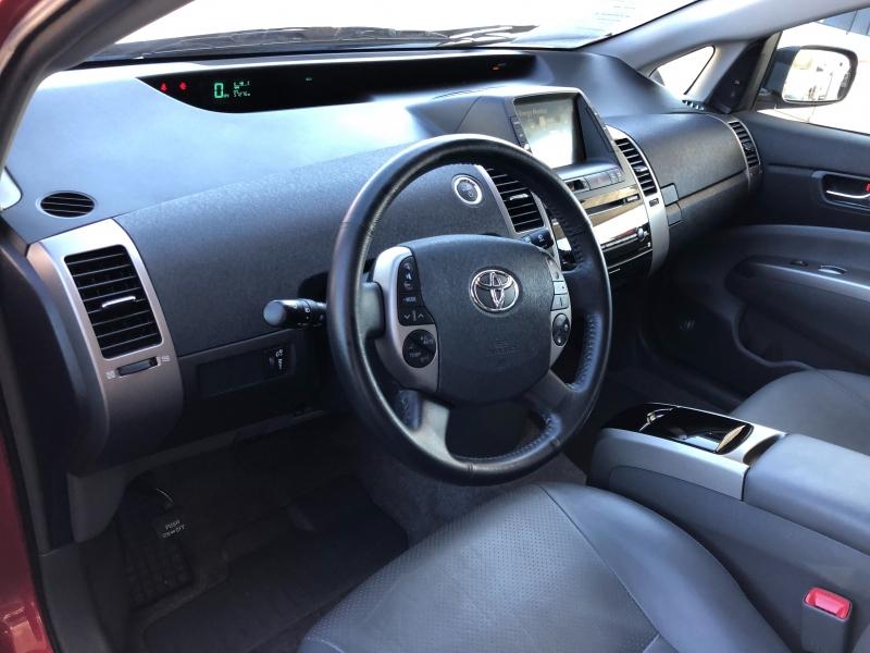 Toyota Prius 2007 price $8,890