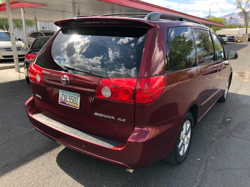 Toyota Sienna 2006 price $4,490
