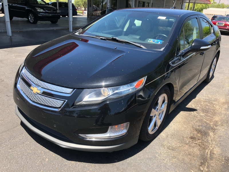Chevrolet Volt 2011 price $7,400