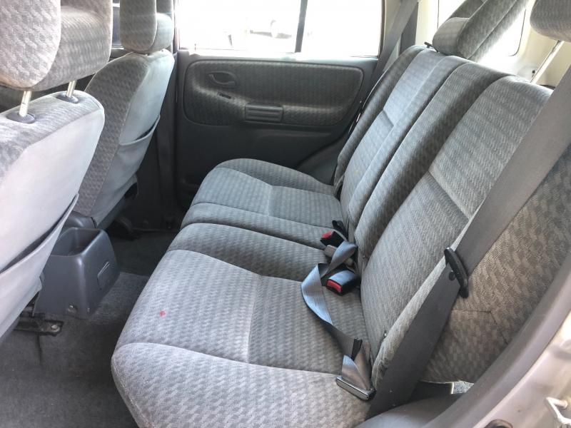 Suzuki Vitara 2003 price $3,300