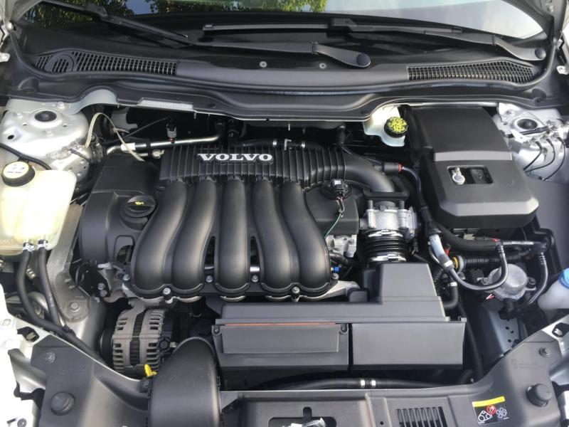 Volvo S40 2010 price $10,950