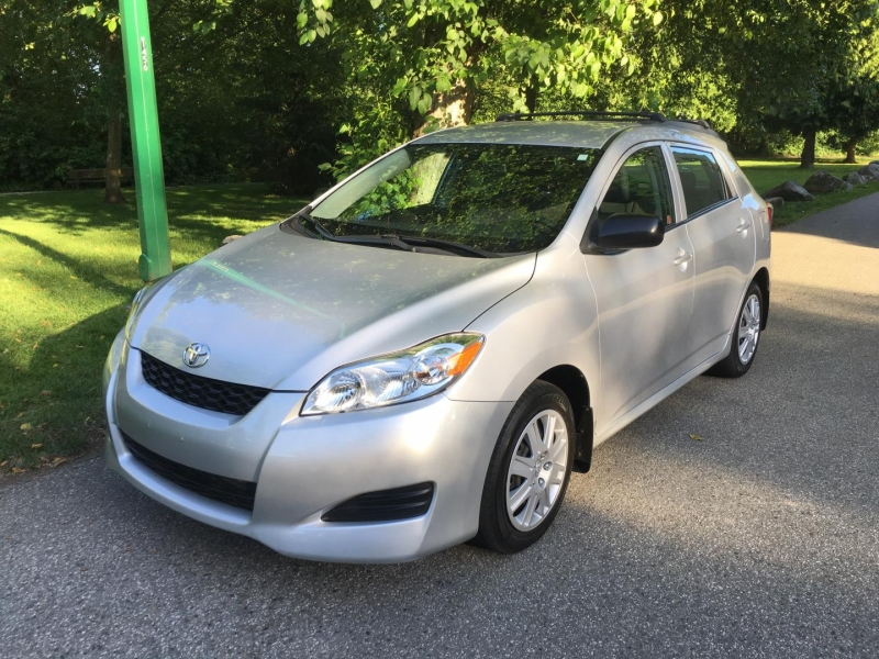 Toyota Matrix 2009 price $8,950