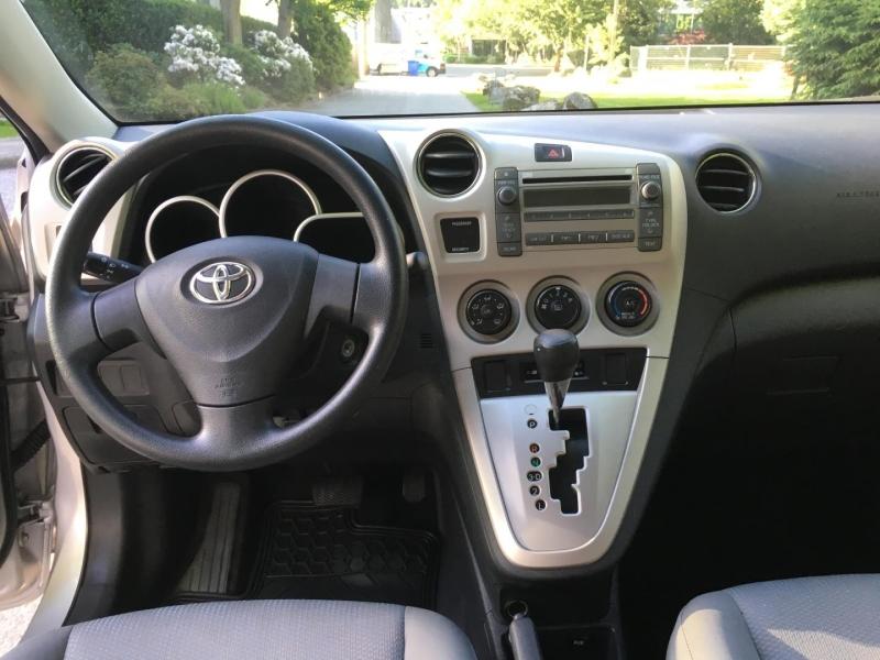 Toyota Matrix 2009 price $8,950