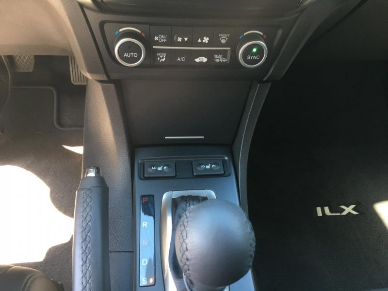 Acura ILX 2017 price $25,950